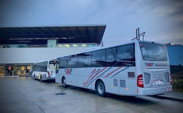 De Lijn versterkingsritten corona touringcars